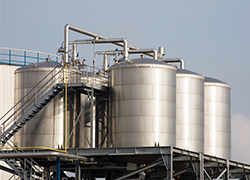 Level Measurement Solutions for the Petrochemical Industries